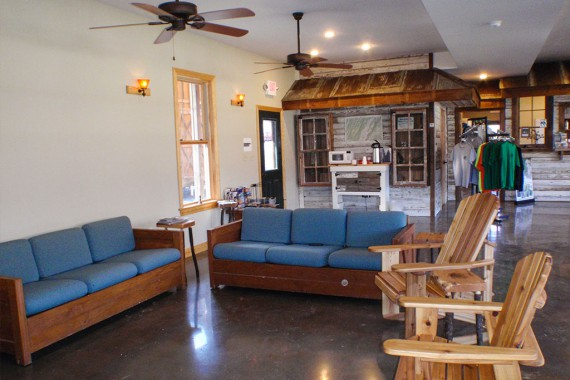 The comfortable lounge of the NROCKS welcome center.